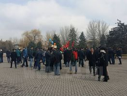 March in support of freedom of speech in Bishkek divided into two parts