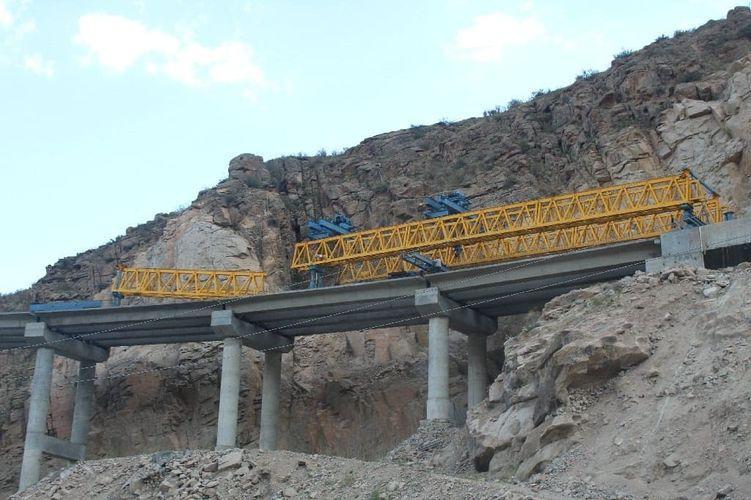 Фото Министерства транспорта и дорог. Строительство эстакадного моста