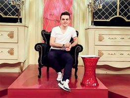 Stylist of Modniy Prigovor TV program Armen Torosyan tells about fashion trends