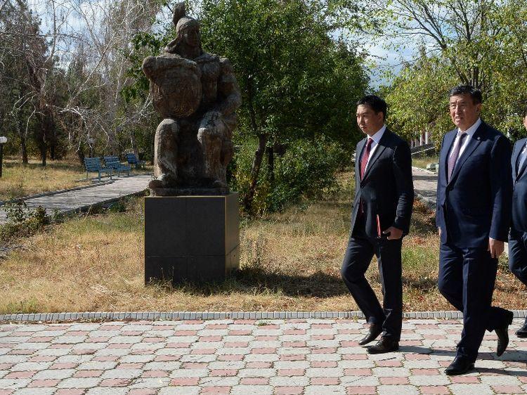Фото пресс-службы президента. Комплекс «Манас айылы»