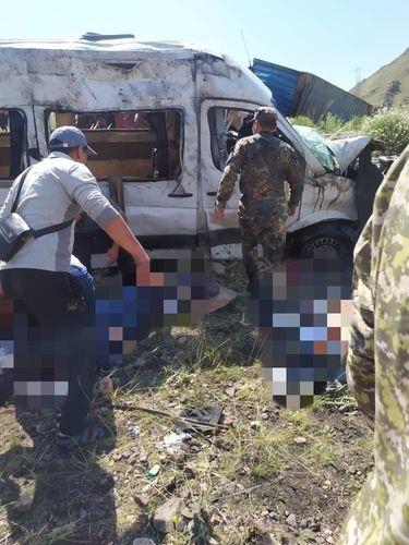 Фото пресс-службы МЧС. Место аварии