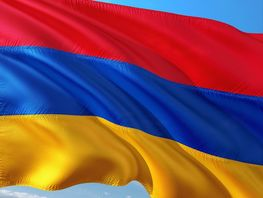 Presidents of Kyrgyzstan and Armenia discuss interaction within EAEU