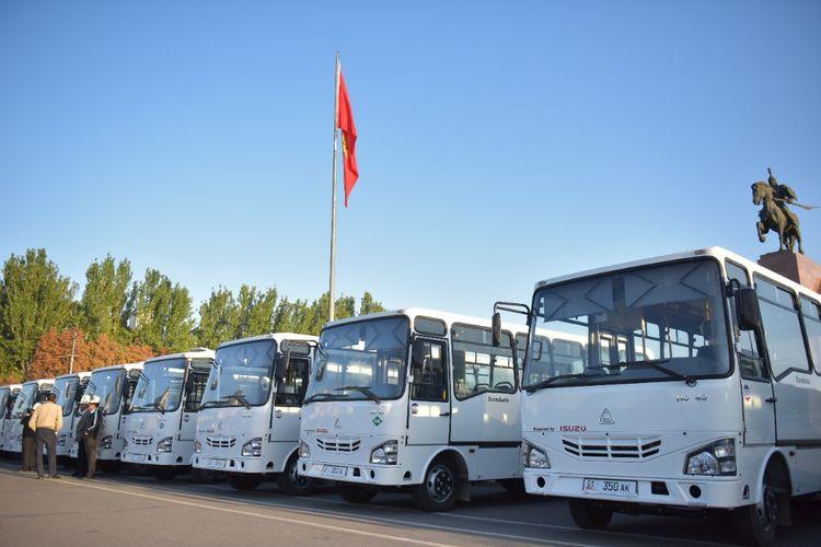 Фото пресс-службы мэрии Бишкека. В Бишкек приехали 210 новых автобусов