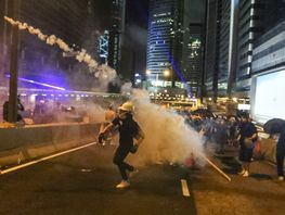 Riots in Hong Kong. Foreign Ministry promises to help students from Kyrgyzstan