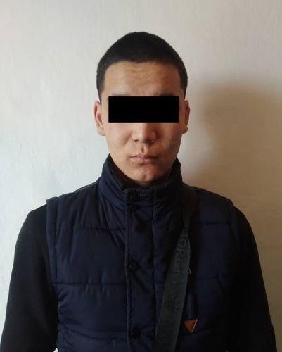 Фото УВД Иссык-Кульской области. В Караколе задержали телефонных грабителей