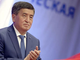 According to preliminary results, Sooronbai Jeenbekov scores 54.22 percent