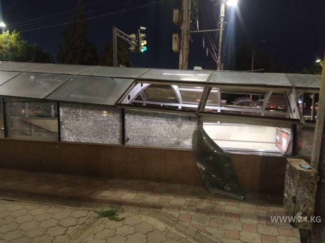 Фото читателя 24.kg. Подземный переход на пересечении проспекта Чуй и улицы Абдрахманова