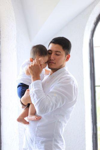 Фото Алмаза Касымова . С сыном