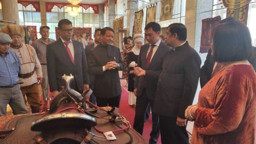 Фото посольства Индии в Кыргызстане. Алок Амитабх Димри на мероприятии