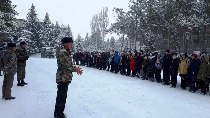 Фото пресс-службы ГПС. В рамках чествования воинов-интернационалистов пограничники встретились с молодым пополнением