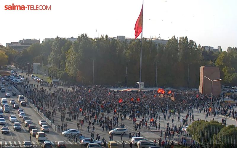 скриншот с веб-камеры на площади Ала-Тоо