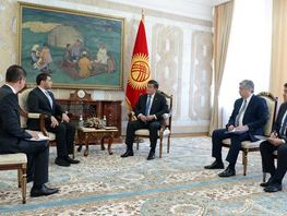 President receives credentials from ambassadors